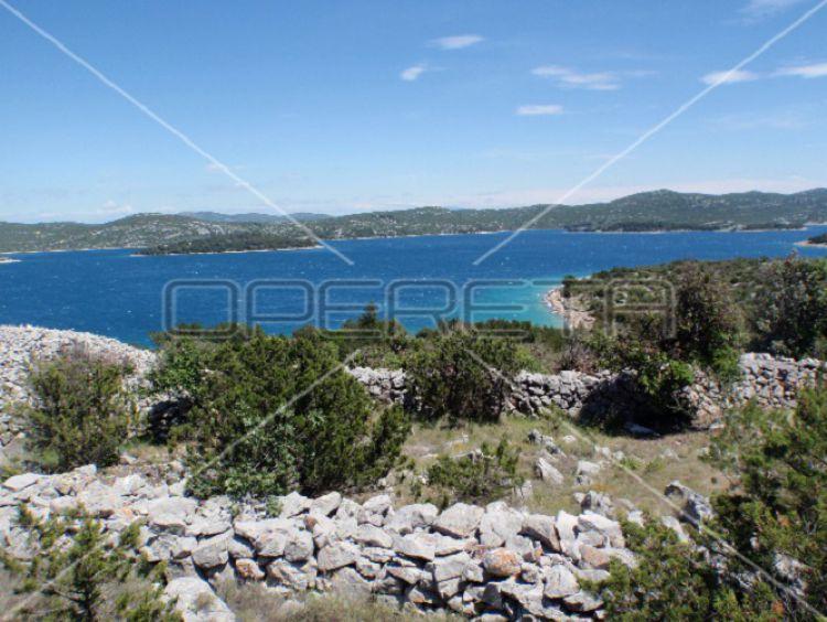 Zemědělská půda 6350 m2 v Jezera na Murter, Chorvatsko