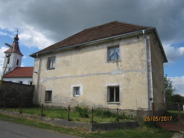 Prodej domu v Chrašticích, okr. Příbram