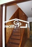 ZLEVNĚNO - Prodej RD 4+1 s garáží a zahradou, Chlebov 8