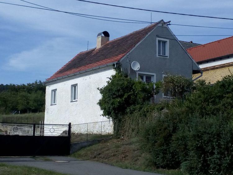 Prodej rodinného domu (chalupy) v obci Ptenín