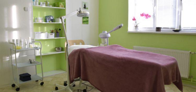 pronájem místnosti- kosmetika, pedikúra, nehty