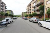 Pronajmu kryté garážové stání v domě. Brno,  St.Lískovec, U Leskavy 1