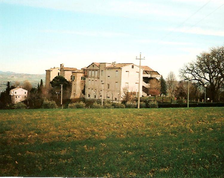 Investice do komplexu Itálie v blízkosti moře Ancona