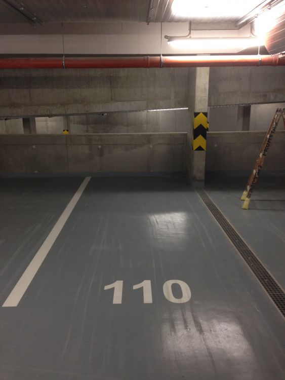 Pronajmu garáž - Praha Modrany