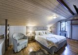 Hotel ve Švýcarsku poblíž jezera Maggiore a pohoří Gottard. 11
