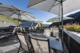 Hotel ve Švýcarsku poblíž jezera Maggiore a pohoří Gottard. 2