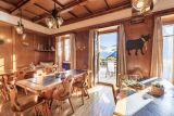 Hotel ve Švýcarsku poblíž jezera Maggiore a pohoří Gottard. 6