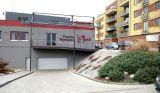 Pronajmu kryté garážové stání v domě. Brno,  St.Lískovec, U Leskavy 6