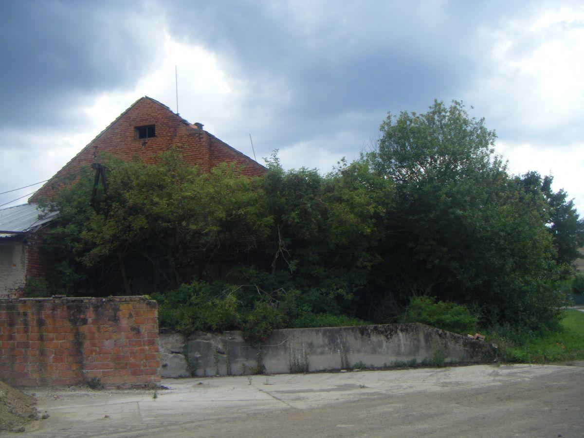Budova bývalého kravína