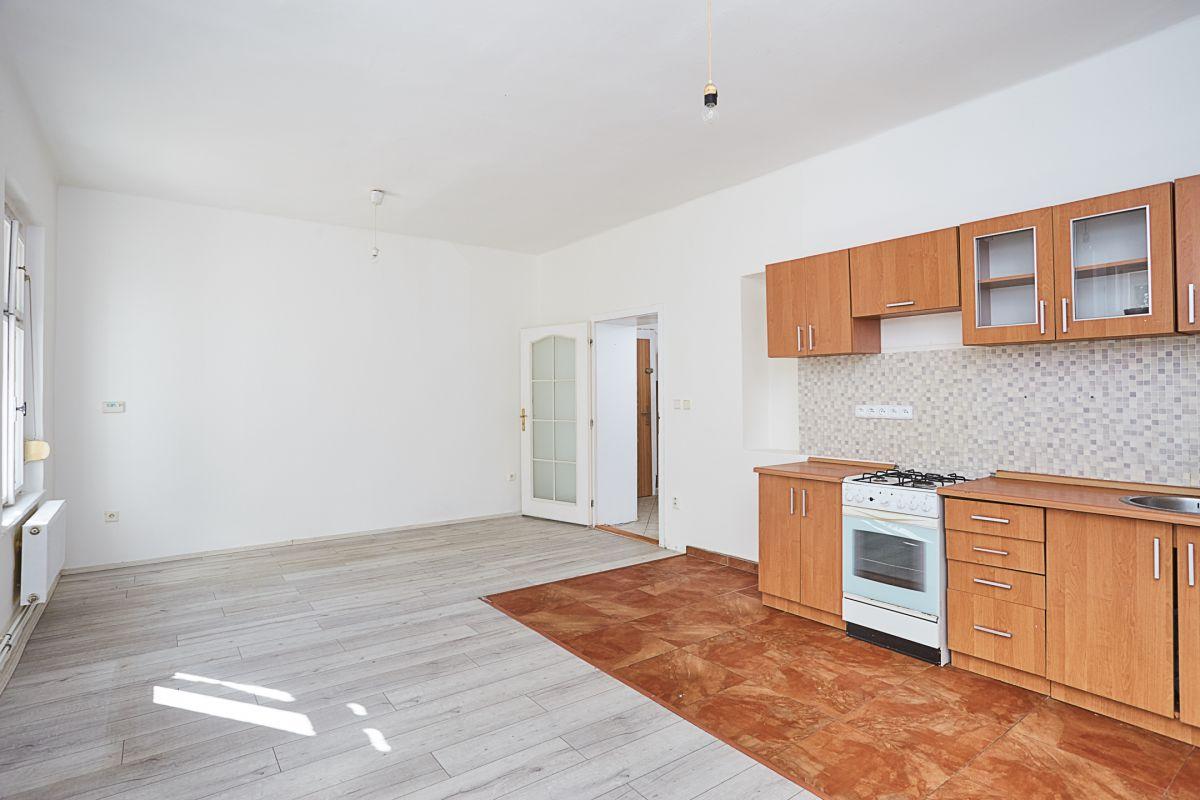 Prodej bytu 3+kk v osobním vlastnictví 81 m², Praha 9 - Vysočany
