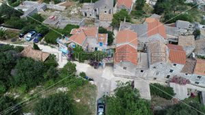 Stone house (96m2) on 3 floors from the 19th century in the settlement Ugrinići, Island of Pašman. 3