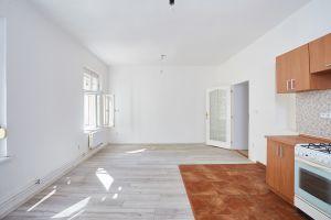 Prodej bytu 3+kk v osobním vlastnictví 81 m², Praha 9 - Vysočany 3