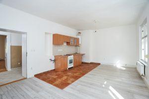 Prodej bytu 3+kk v osobním vlastnictví 81 m², Praha 9 - Vysočany 2