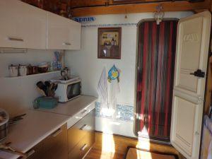 Prodej karavanu s chatkou 7