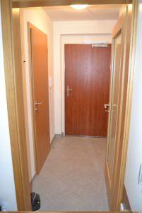 Pronájem bytu 1kk Praha Horní Měcholupy 3