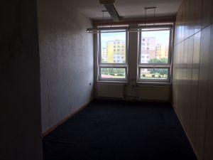 Nabízíme PRONÁJEM kancelářských prostor 3