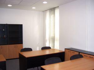 Učebna, školící, jednací nebo konferenční místnost k pronájmu. 3