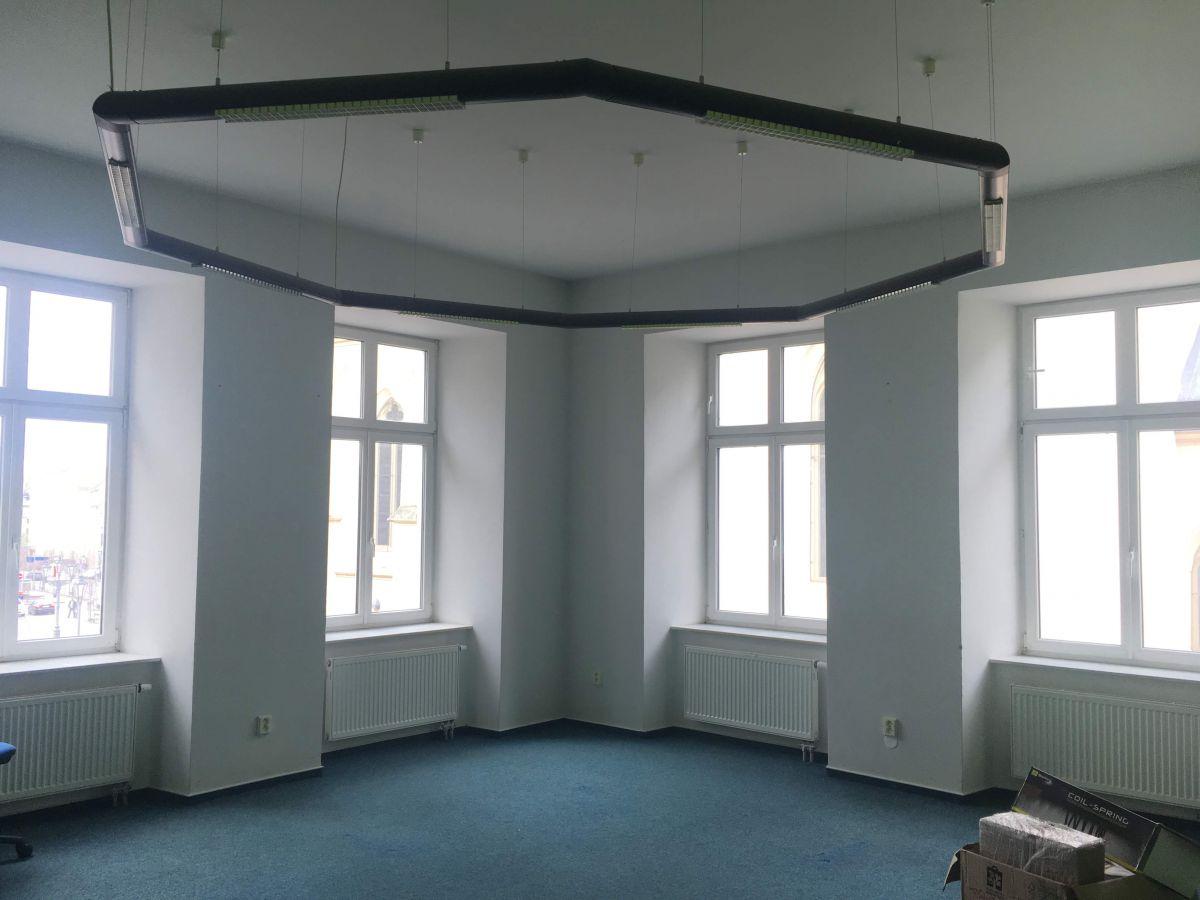 Pronájem kanceláře, Kostelní ul, Liberec, 100 od radnice!