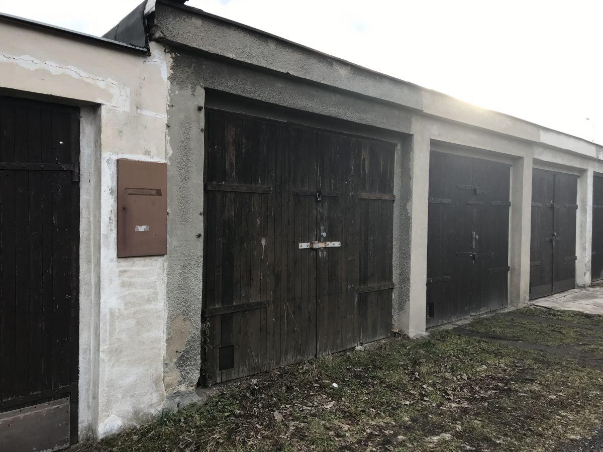 Prodej garáže Teplice