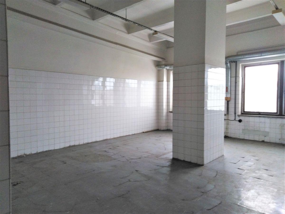 Pronájem nebytových prostor 150m2 v Olomouci, Hodolany