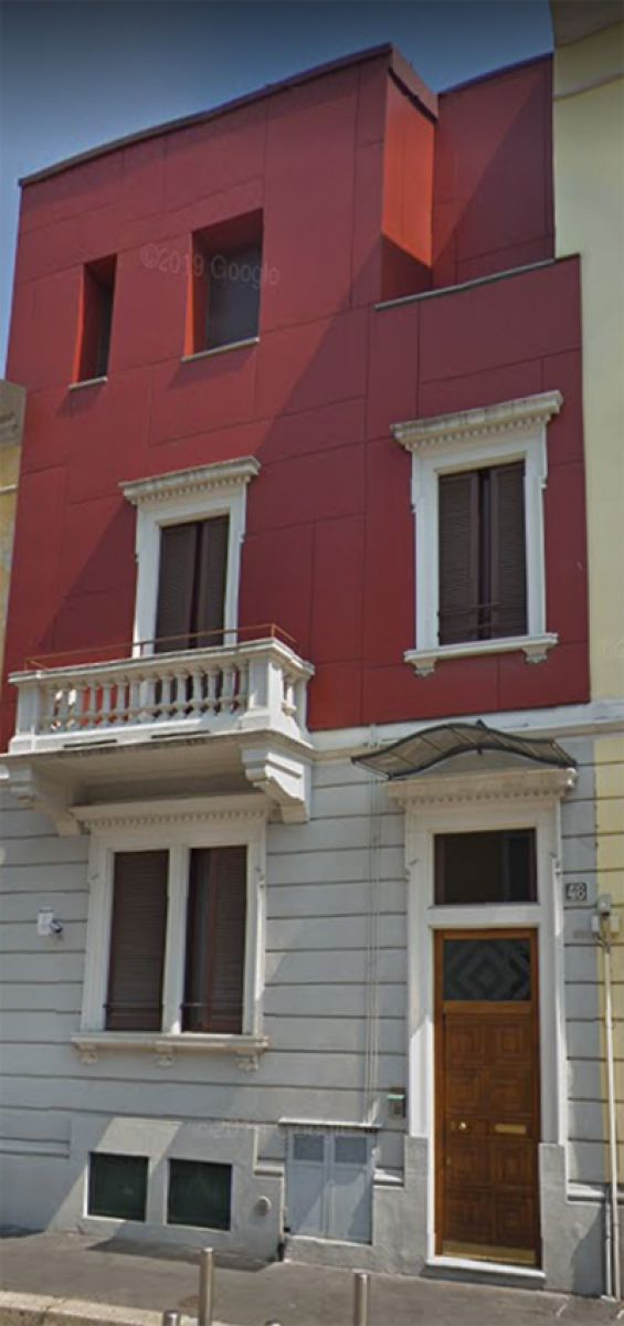 Budova 5 bytů v Itálii Milán