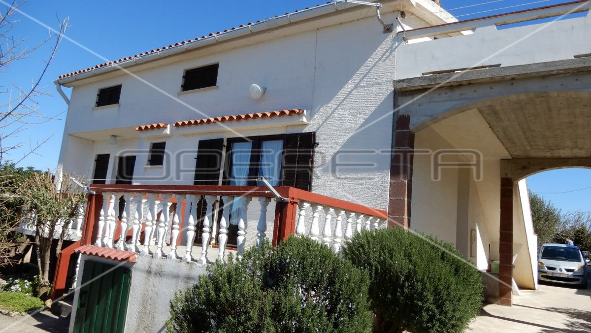 House for sale in Povljana, Pag, 180 m2