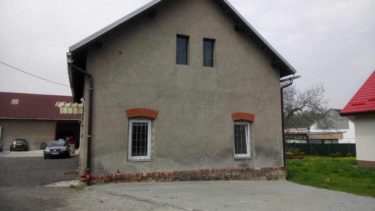 Areál 450 m2 s pozemkem 6419 m2, Ostrava Kunčičky