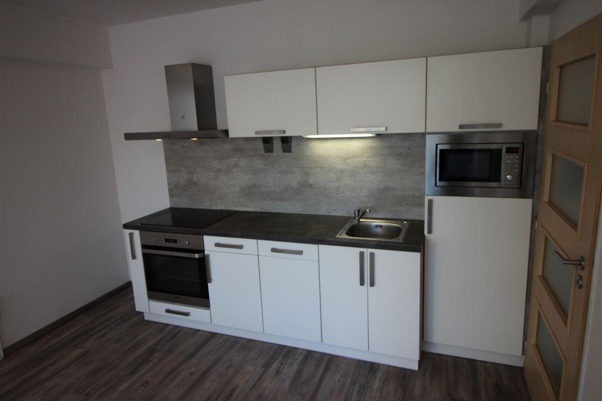 Pronájem bytu 2+kk, 45 m2, Kolín