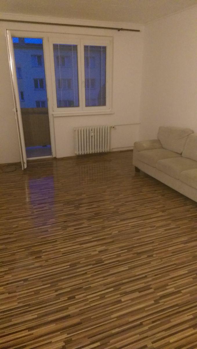 Pronájem bytu v Hroznětíně