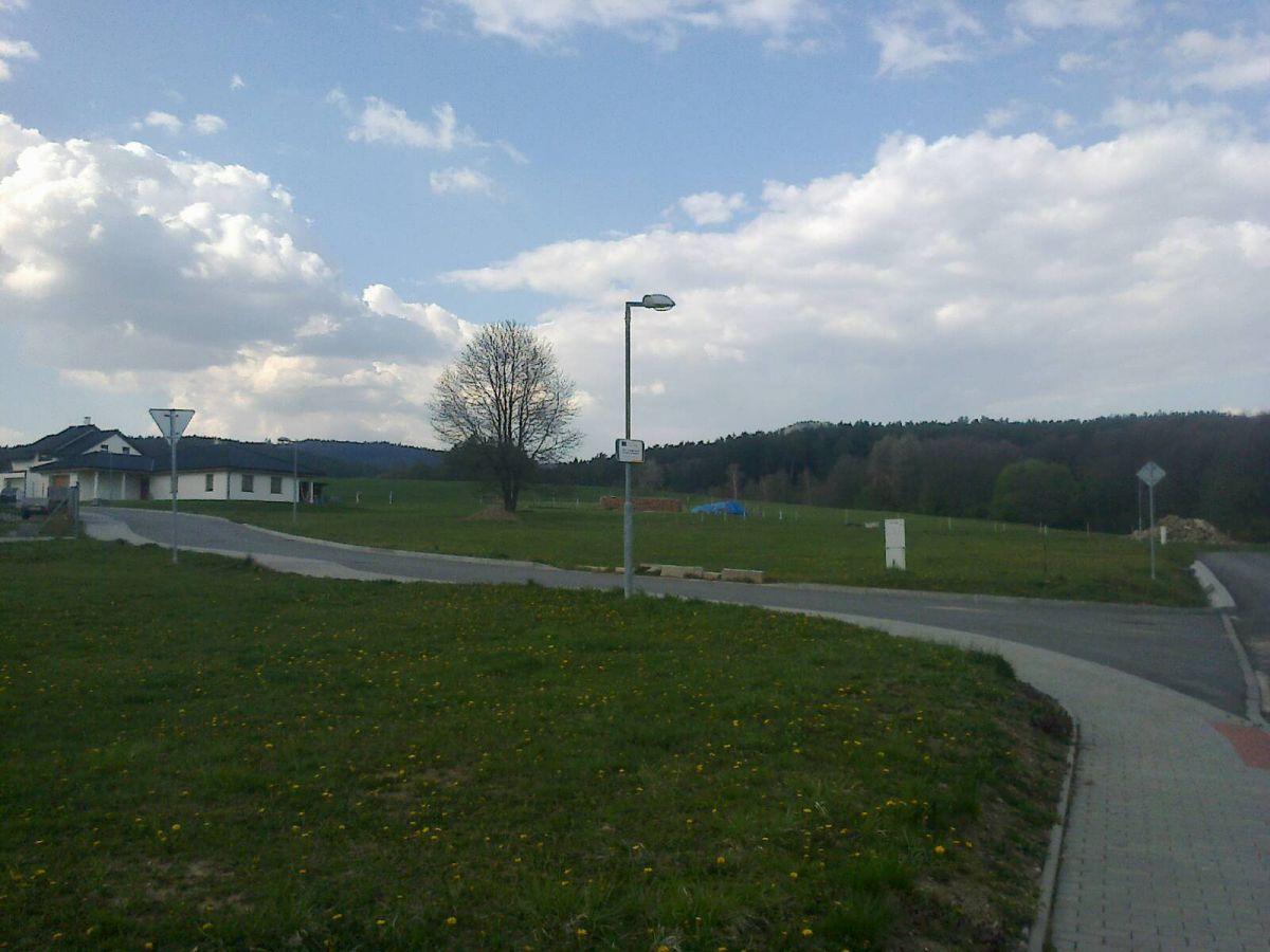 Prodám stavební pozemek 800 m2, Újezd, okr. Zlín