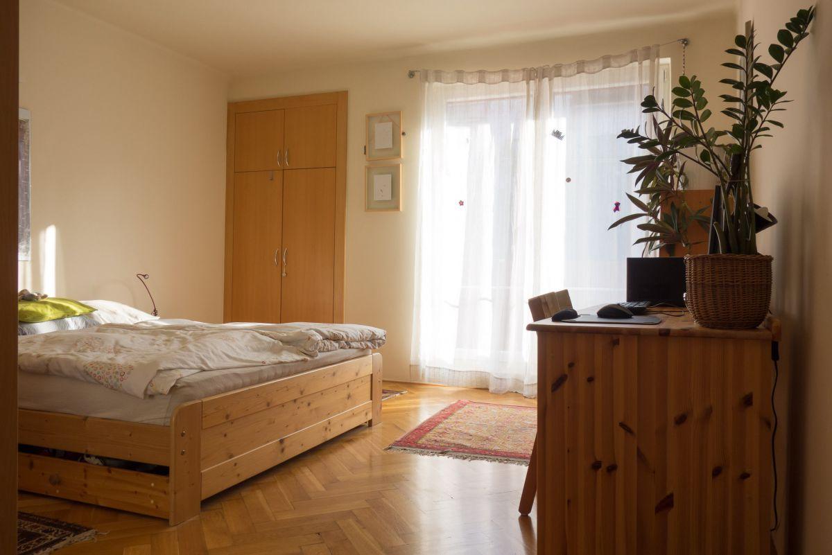 Klidný byt 2kk v cihlové zástavbě