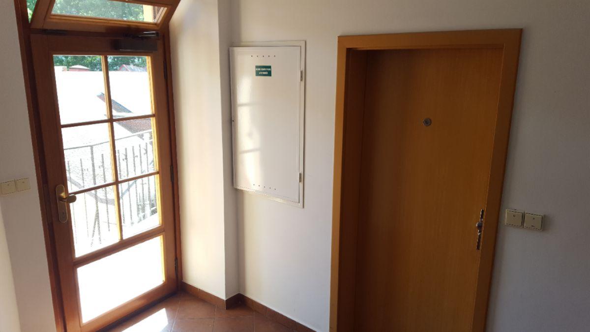 Byt 2+kk v přestížní lokalitě, 52 m2 na 3 měsíce