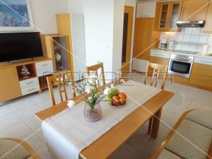 Lucrative rental 430 m², 6 apartments, 350 m to the sea, modern and fully furnished! 6