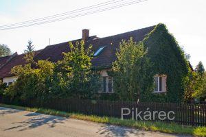 Prodej rodinného domu 280 m², pozemek 810 m² 2