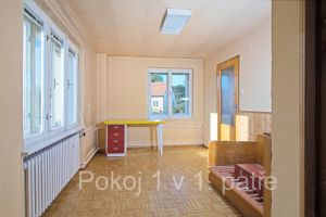 Prodej rodinného domu 280 m², pozemek 810 m² 9