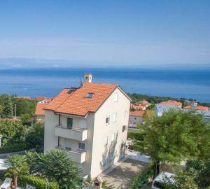 Apartmán se zahradou, bazénem a garáží - Opatija, Chorvatsko 11