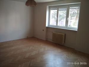 Prodáme byt 2+1 v Praze 11