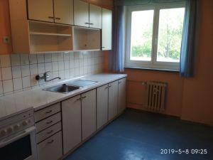 Prodáme byt 2+1 v Praze 10