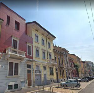 Budova 5 bytů v Itálii Milán 2