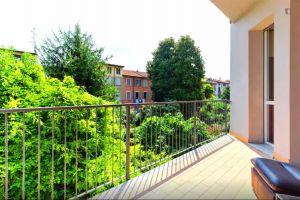 Budova 5 bytů v Itálii Milán 3