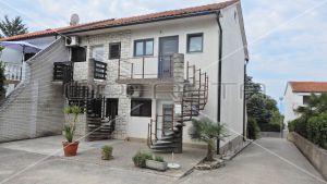 Apartment in a quiet environment, 40 m2, Malinska, Krk 3