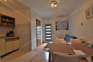 Apartment in a quiet environment, 40 m2, Malinska, Krk 10