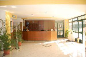 V Itálii na předměstí Říma je moderní hotel. 6