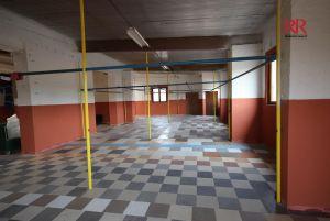 Pronájem skladu v Plzni na Jateční ulici 600 m2 2