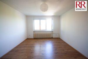 Prodej bytu 2+1 54 m2 v cihlovém domě v Plzni Skvrňany 4