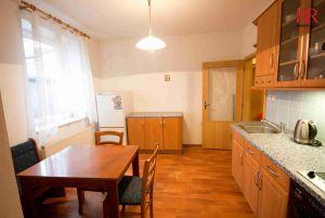 Prodej bytu 2+kk Plzeň Slovany v Radyňské ulici, novostavba stáří 14 let, investice na pronájem 3