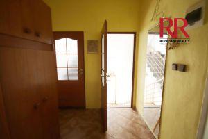 Pronájem bytu 3+1 v Plzni na Slovanech v rodinném domě, možno i pro 3 studentky 7