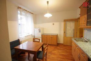 Prodej bytu 2+kk Plzeň Slovany v Radyňské ulici, novostavba stáří 14 let, investice na pronájem 4