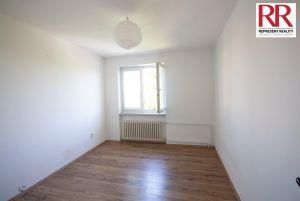 Prodej bytu 2+1 54 m2 v cihlovém domě v Plzni Skvrňany 5