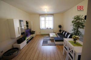 Pronájem rekonstruovaného bytu v Plzni Křimicích 4+kk  4